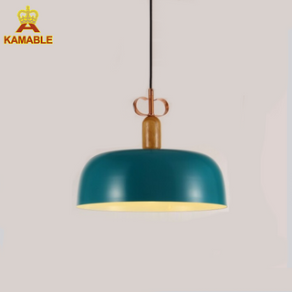 Green Color Steel with Wooden Pendant Lamp for Home Decoration